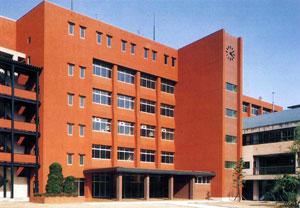東筑紫短期大学新3号館